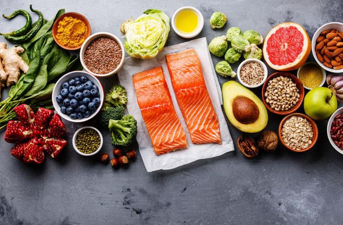 Người mắc bệnh tuyến giáp nên và không nên ăn gì để cải thiện sức khỏe